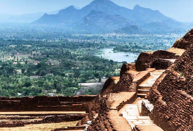 Сигирия  древний город на Шри-Ланке 3