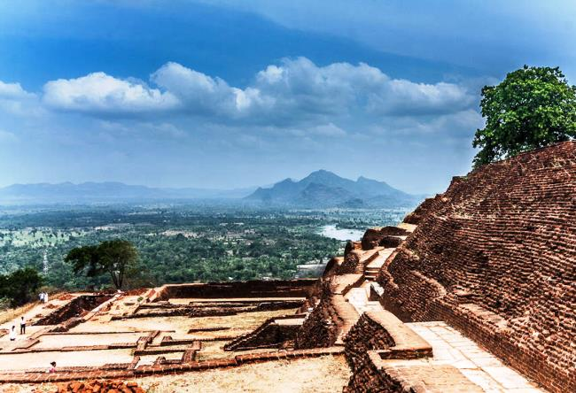 Сигирия  древний город на Шри-Ланке 5