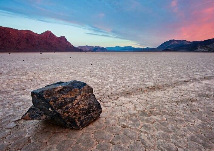 Долина движущихся камней 2