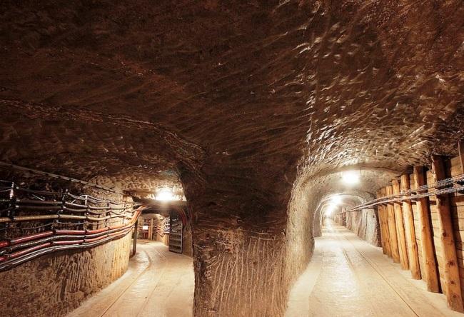 Wieliczkas Salt Mine 3
