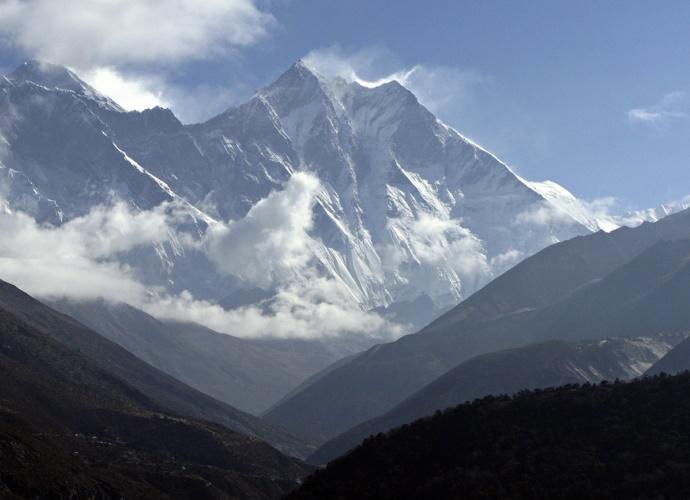 Самая высокая гора в мире покоряем