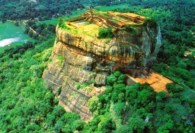 Lion Rock, Sri Lanka | Lion Rock, SriLanka | SriLanka Budget Trip | Sri Lanka Budget Trip