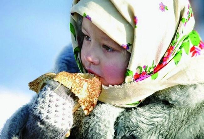 Maslenitsa a week before Lent cheese 4