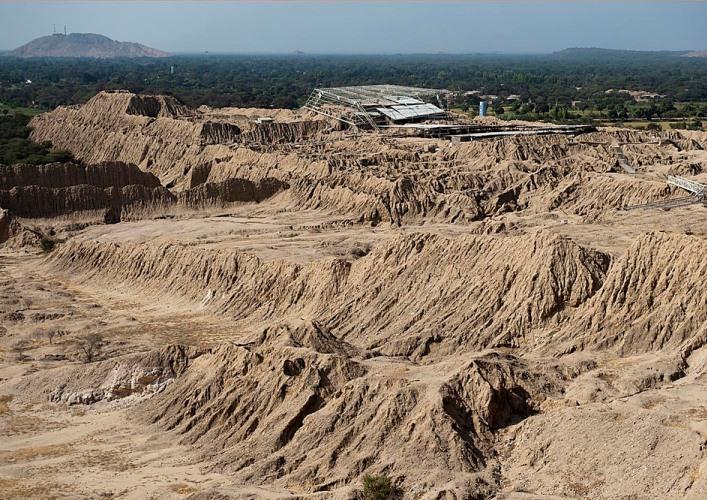 Долина пирамид 5