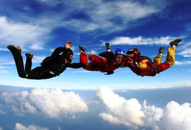 Азов. Прыжки с парашютом и обучение скайдайвингу 3
