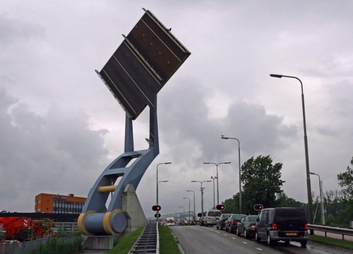Достопримечательности Европы разводные мосты 2