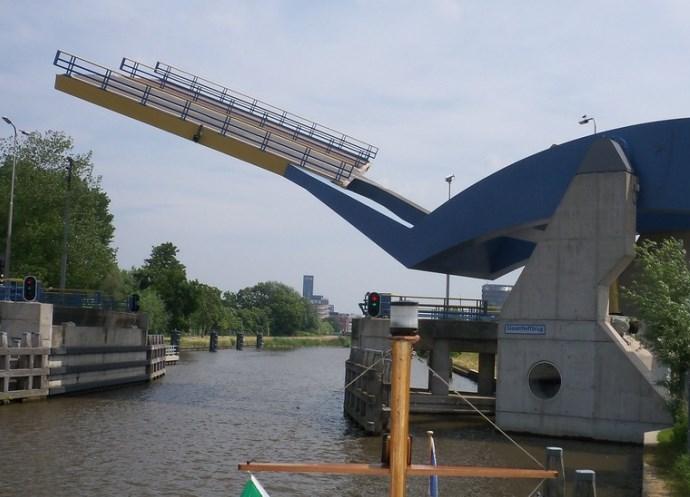 Достопримечательности Европы разводные мосты 4
