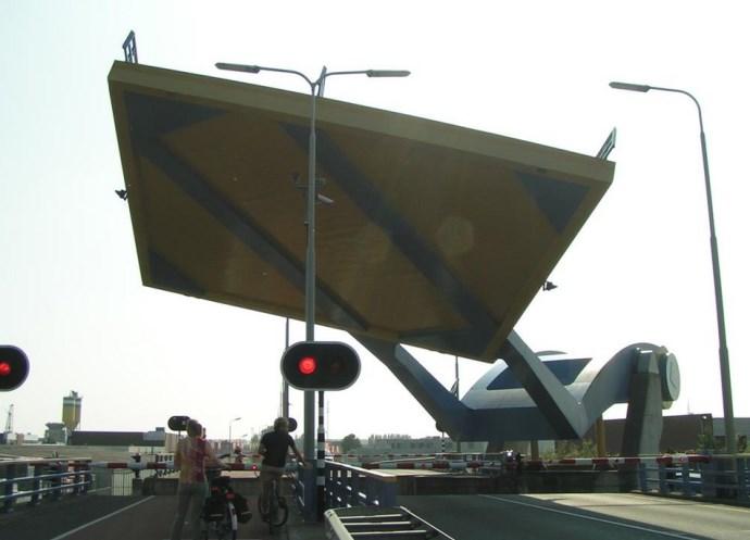 Достопримечательности Европы разводные мосты 5