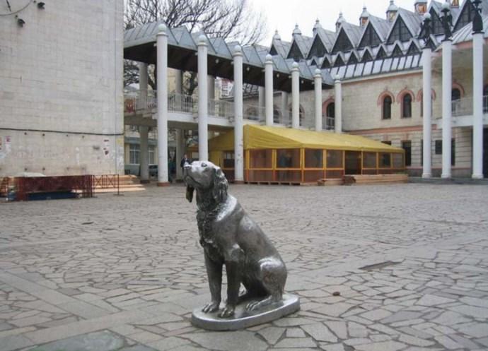 Интересные места Европы Памятник Биму 5