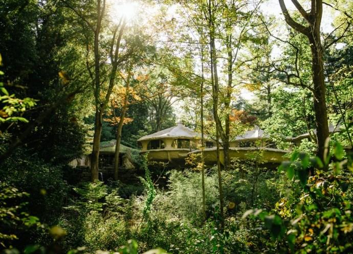 Достопримечательности Америки дом-гриб в парке Паудер Милл 2