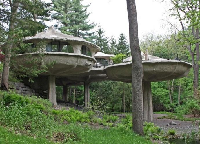 Достопримечательности Америки дом-гриб в парке Паудер Милл 5