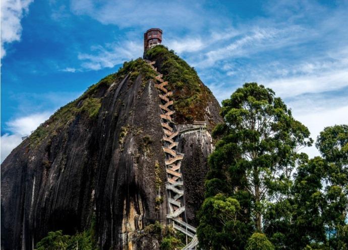 Эль-Пеньон-де-Гуатапе и другие достопримечательности южной Америки 4