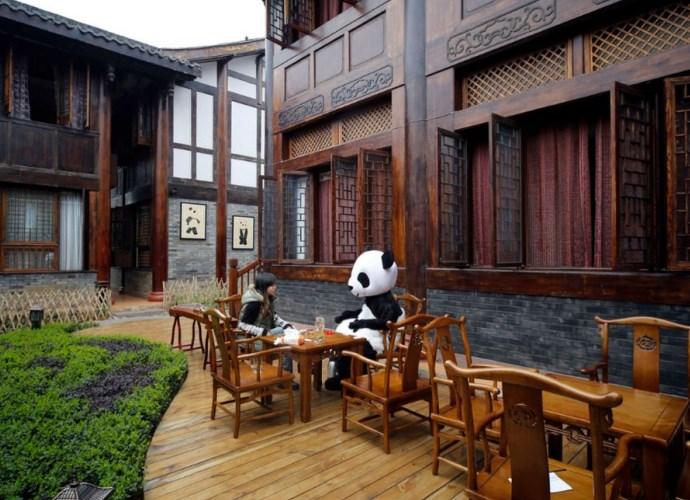 Интересные места Азии Panda Hotel  гостиница ставшая брендом 3