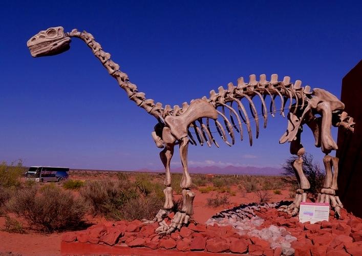 Мир динозавров 3