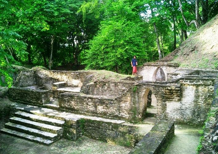 Путешествие по Америке древний город майя Кахаль Печ 3