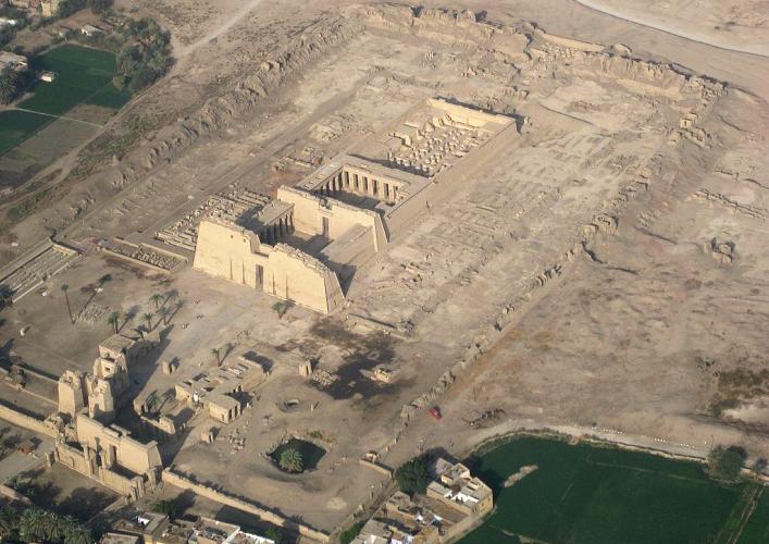 Храм в Луксоре 3