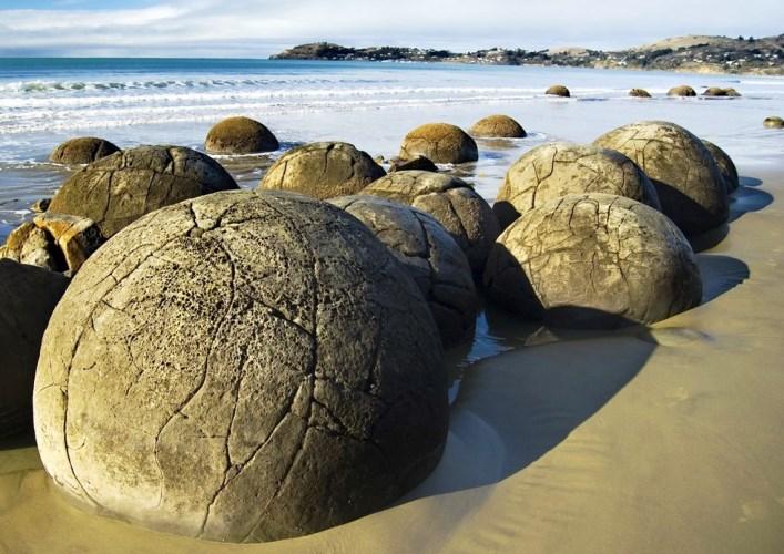 Каменные шары 4