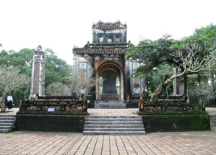Гробница императора 2