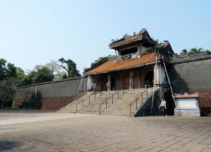 Гробница императора 3