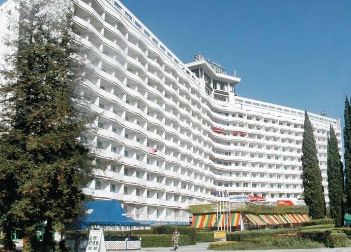Лучшие отели и гостиницы Питера Сочи и Москвы. Что общего 3