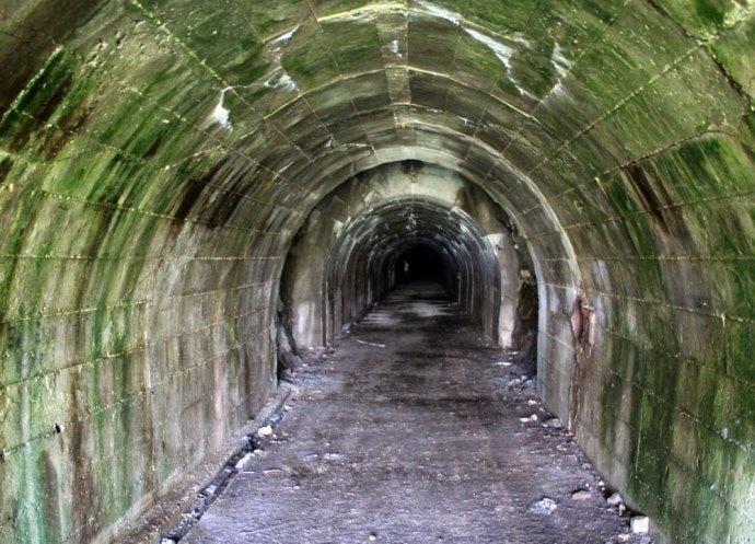 Мир катакомб под Мариуполем 3