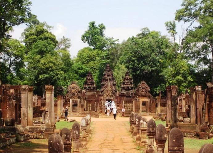 Непостижимая Азия: храмовый комплекс Бантеайсрей, Камбоджа