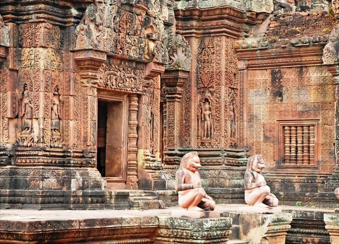 Непостижимая Азия храмовый комплекс Бантеайсрей Камбоджа 3