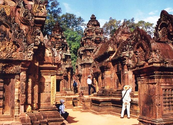 Непостижимая Азия храмовый комплекс Бантеайсрей Камбоджа 4
