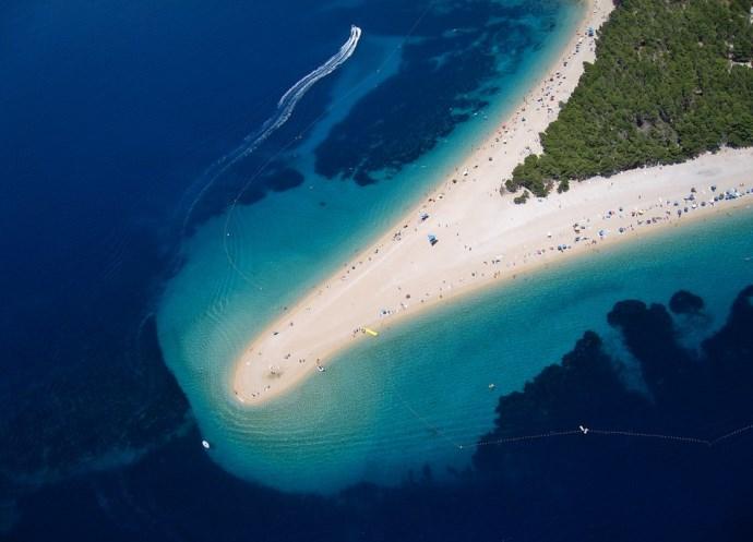 Популярный отдых в Европе Хорватия пляж Золотой Рог 5