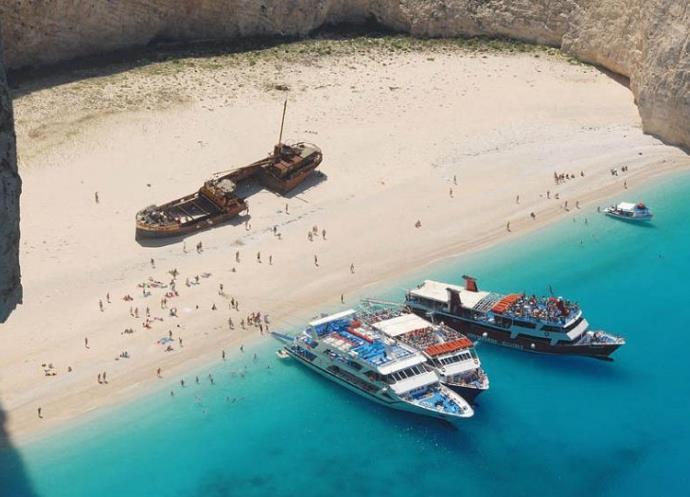 Самый запоминающийся отдых в Греции Бухта Контрабандистов   пляж Навагио 2