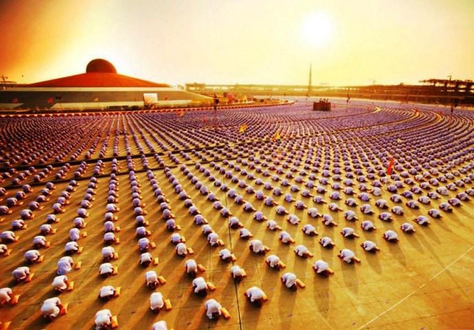 Неизвестная Азия буддийский храм Wat Phra Dhammakaya 3