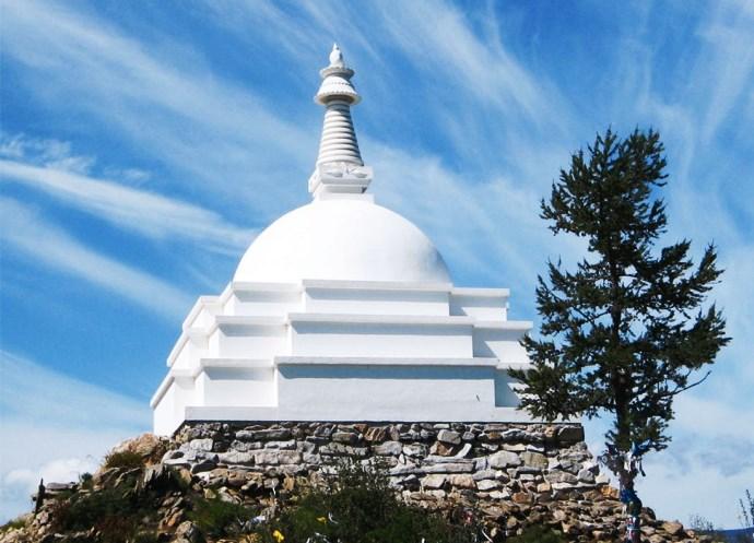 Российская Азия буддийская святыня острова Огой 3