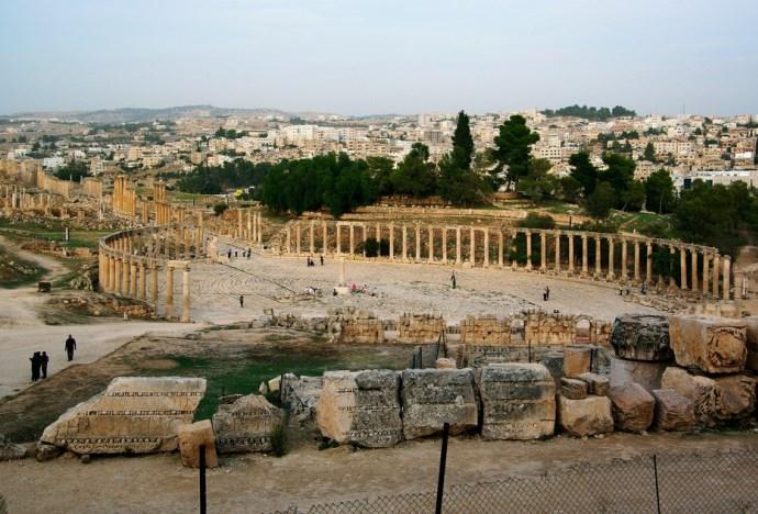 Интересные места Африки руины города Джараш 3
