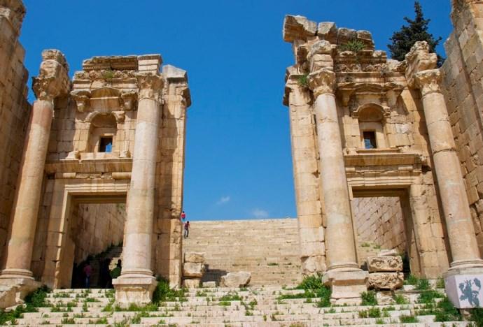 Интересные места Африки руины города Джараш 5