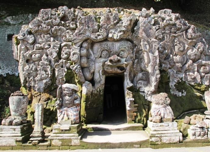 Слоновья пещера на Бали и другие достопримечательности Азии 2