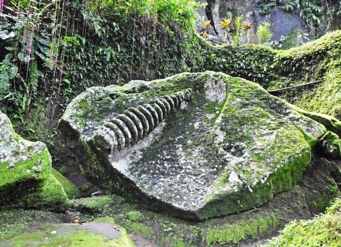 Слоновья пещера на Бали и другие достопримечательности Азии 4