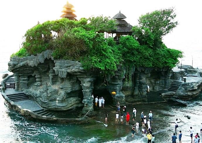 Юго-Восточная Азия Храм расположенный в море 3