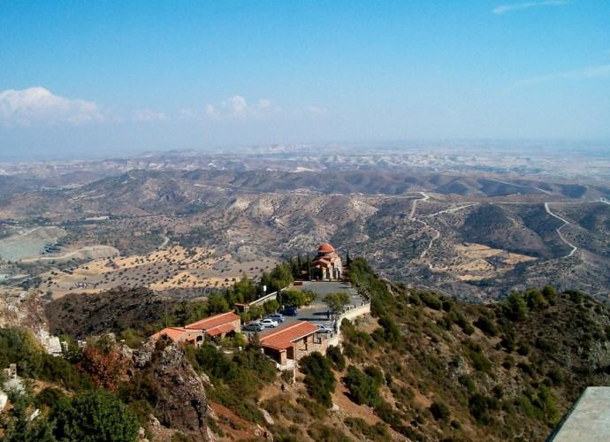 Интересные места Европы монастырь который появился благодаря буре 2