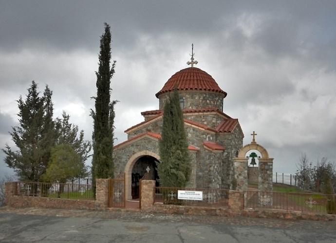 Интересные места Европы монастырь который появился благодаря буре 3