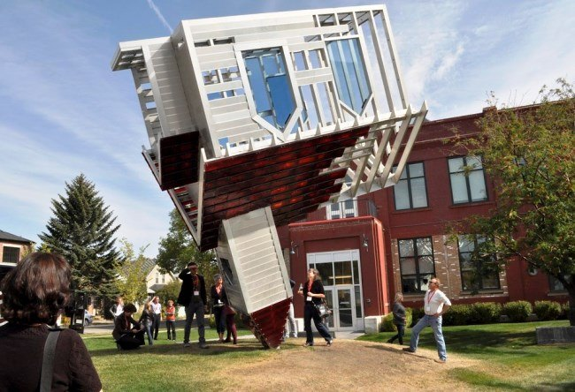 Denis Oppengeim upside-down house 3