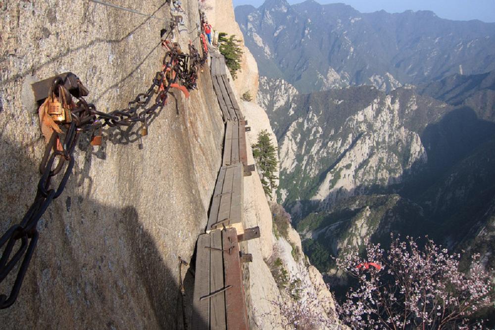 Небесная лестница, Китай