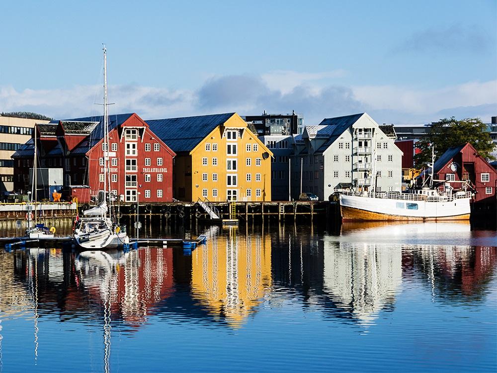 Тромсе – типичный для Норвегии город