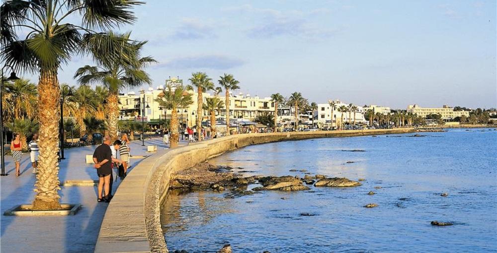 на Кипре в октябре