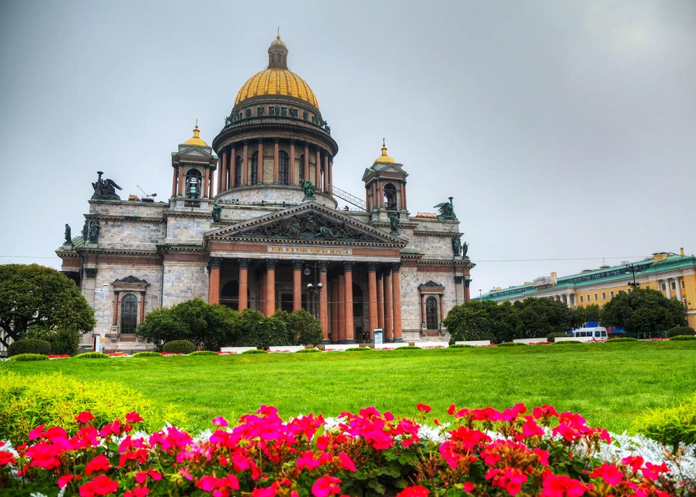 Исаакиевский собор – главный символ православия в городе