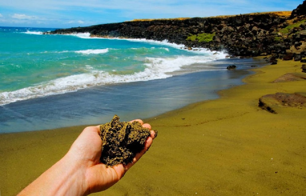 Пляж Green Sand Beach