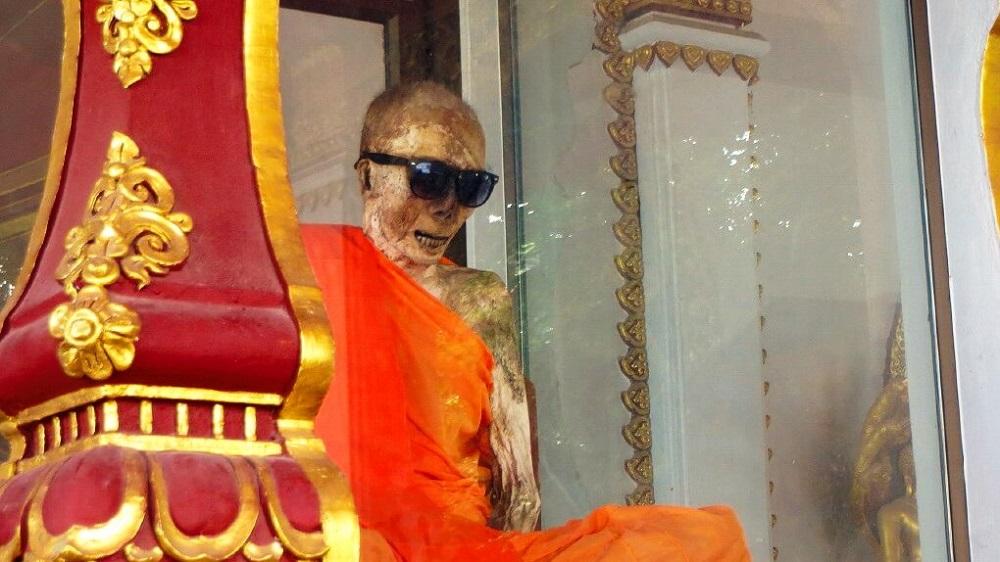 Монах на острове Самуи