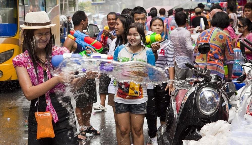 Тайский водный фестиваль