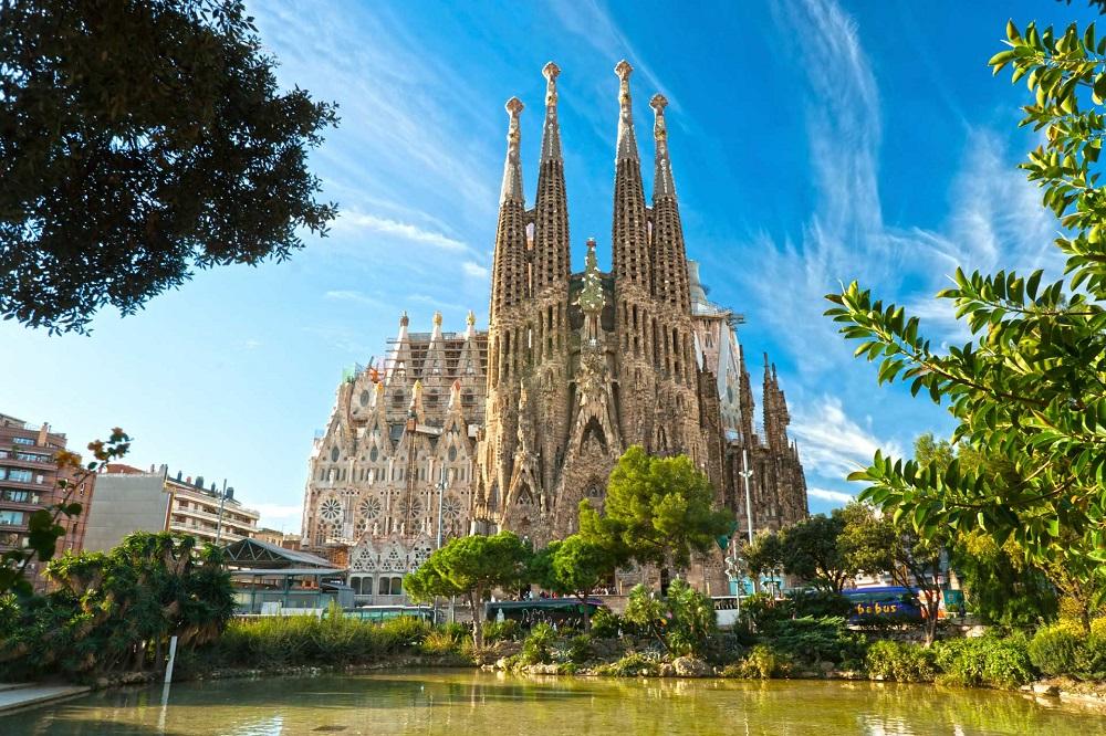 Горящие туры в Барселону на сентябрь
