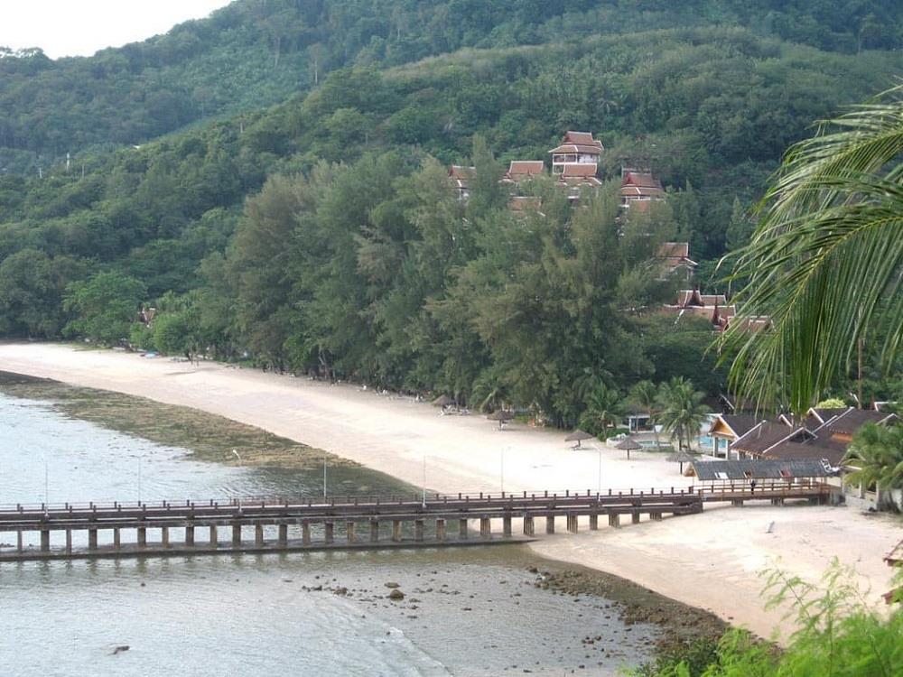 Наколай – частный пляж