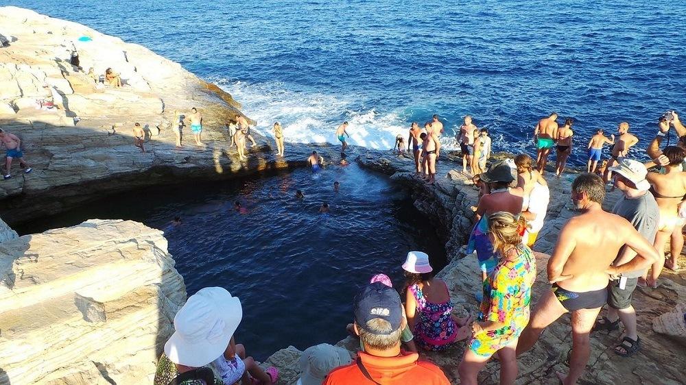 Поехать на Кипр в сентябре